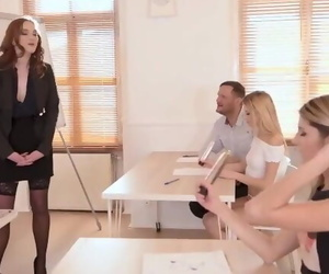 Blowjob Class become in a..